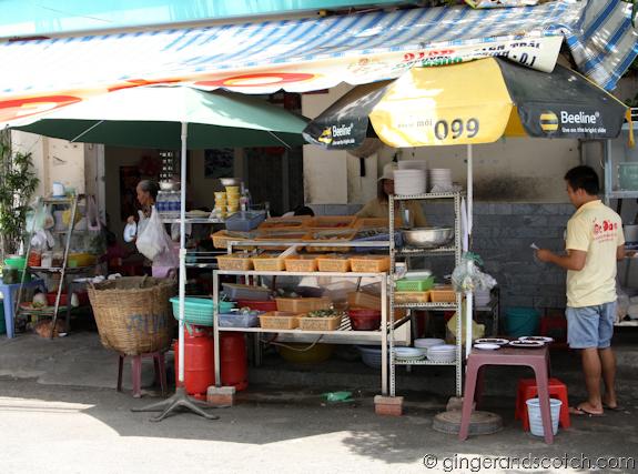Oc Dao Storefront, Saigon