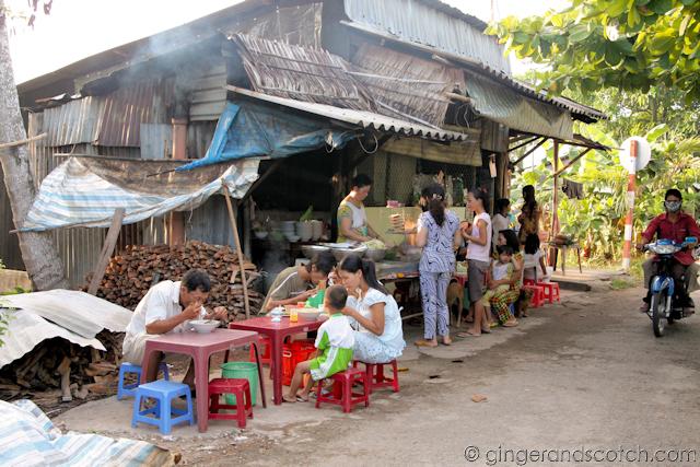 Mekong Homestay - Market 2