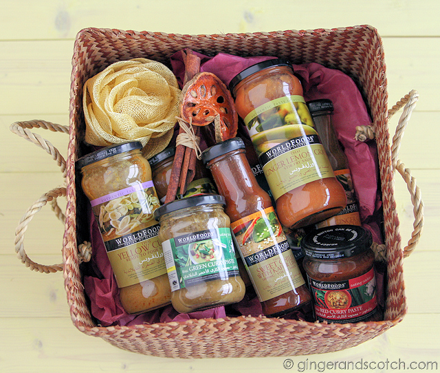 WORLDFOODS hamper
