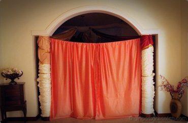 veiled dining room