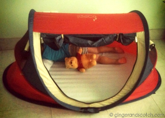 Travel bed