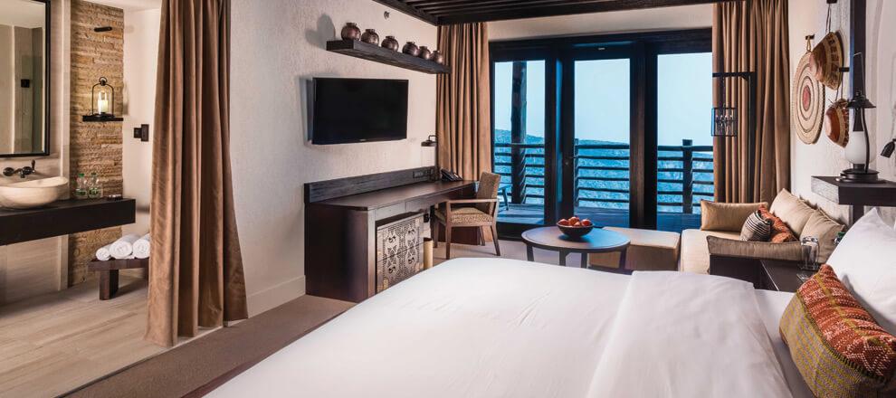 alila-hotel-jabal-akhdar-mountain-view-room